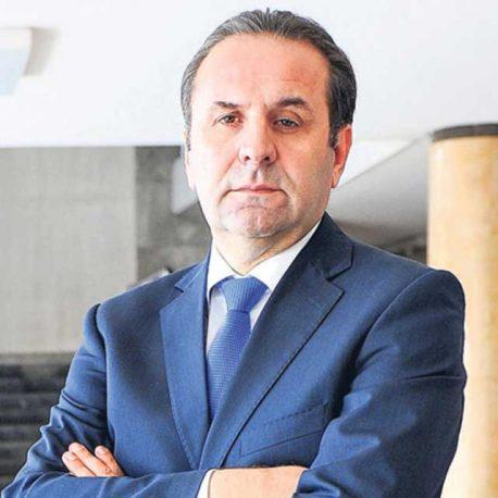 Rasim Ljajić, potpredsednik Vlade i ministar trgovine, turizma i telekomunikacija.